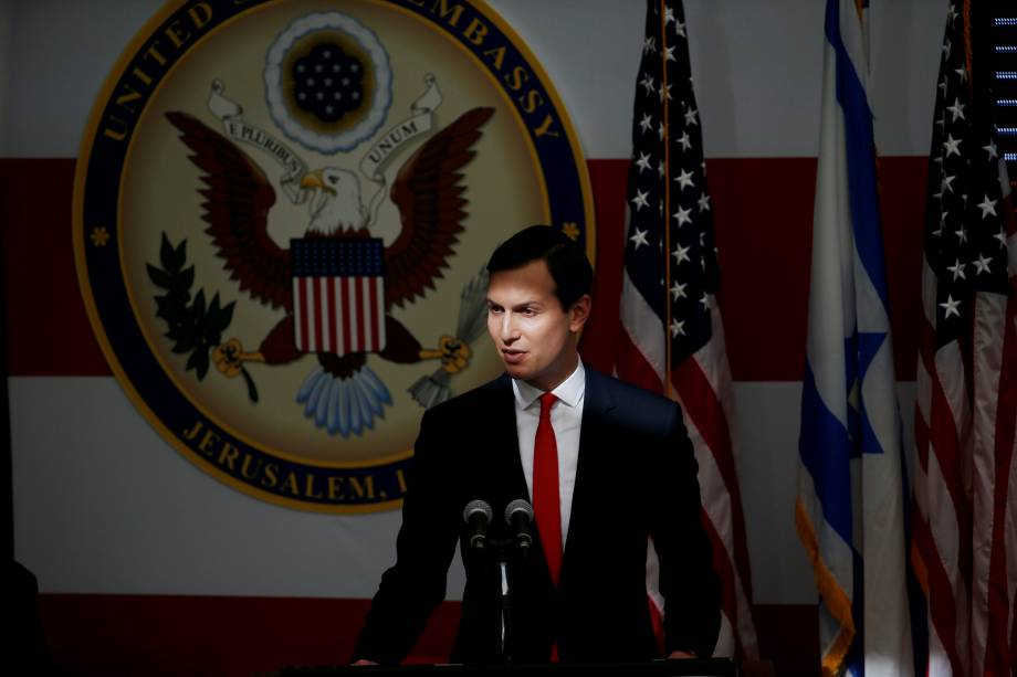O assessor sênior da Casa Branca, Jared Kushner, discursa durante a cerimônia de inauguração da nova embaixada dos EUA em Jerusalém - 14/05/2018
