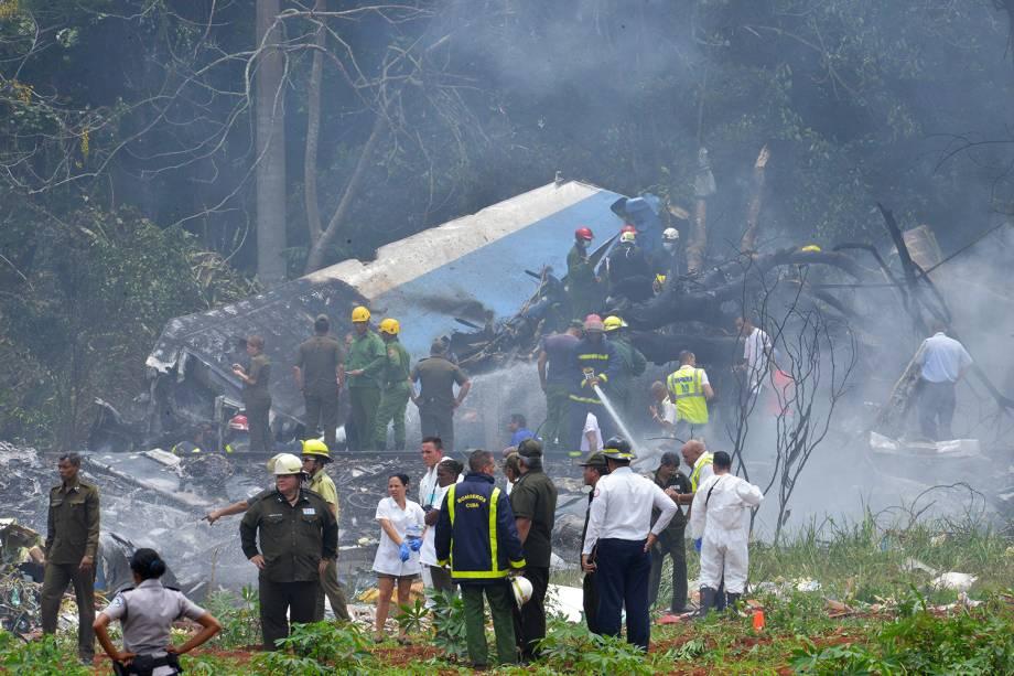Avião cai logo após a decolagem no Aeroporto Internacional José Martí, em Havana - 18/05/2018