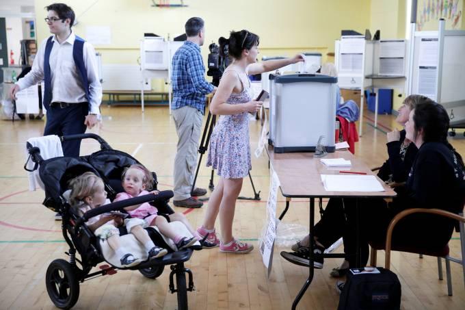 Irlanda vota legalização do aborto