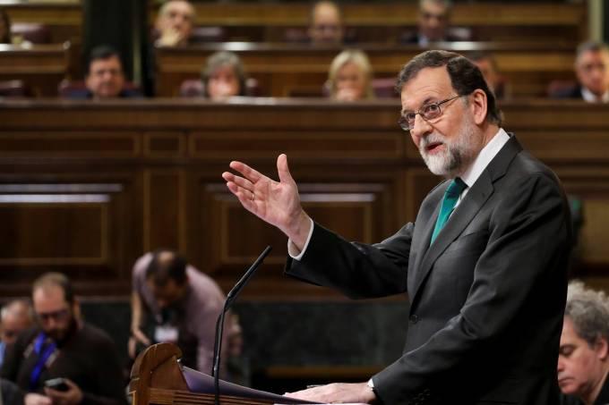 Mariano Rajoy discursa no parlamento espanhol