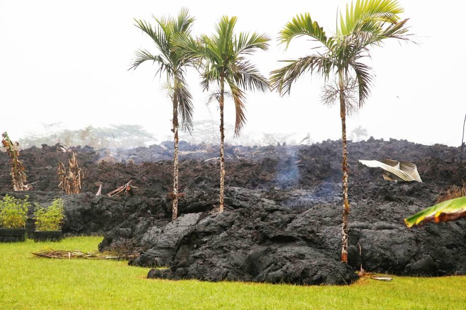 Lava resfriada é vista na região de Leilani Estates, no Havaí, após erupção do vulcão Havaí - 08/05/2018