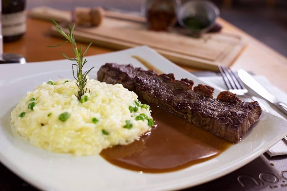 Almoço:Picanha em tiras ao molho roti e arroz cremoso na etapa principal