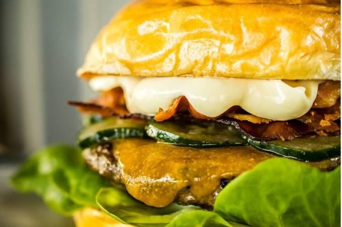 PAPRICA – Prato Principal Wasabi Burger