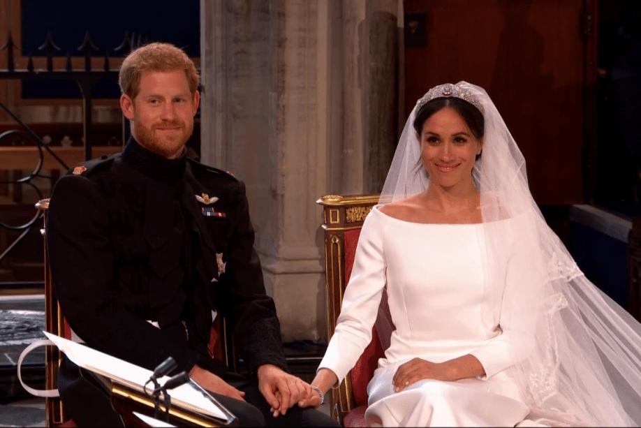 Príncipe Harry e Meghan Markle durante o casamento real na capela de São Jorge, em Windsor