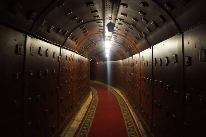Corredor de acesso ao Bunker 42