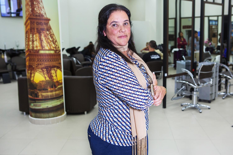 Sandra Gonzales, cliente do salão de beleza MG Hair, em São Paulo (SP) - 05/06/2018