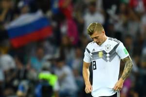 Toni Kroos lamenta após a Suécia abrir o placar no Estádio Olímpico de Sochi - 23/06/2018
