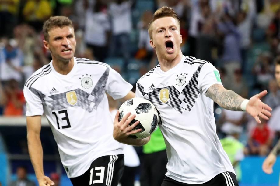 Marco Reus (dir) comemora após empatar o jogo para a Alemanha, em partida contra a Suécia, válida pelo grupo F da Copa do Mundo - 23/06/2018