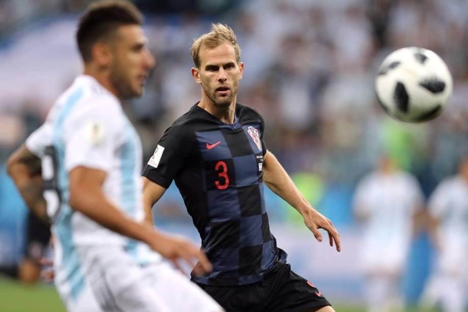 Ivan Strinic da Croácia em ação na partida contra a Argentina na arena Níjni Novgorod - 21/06/2018