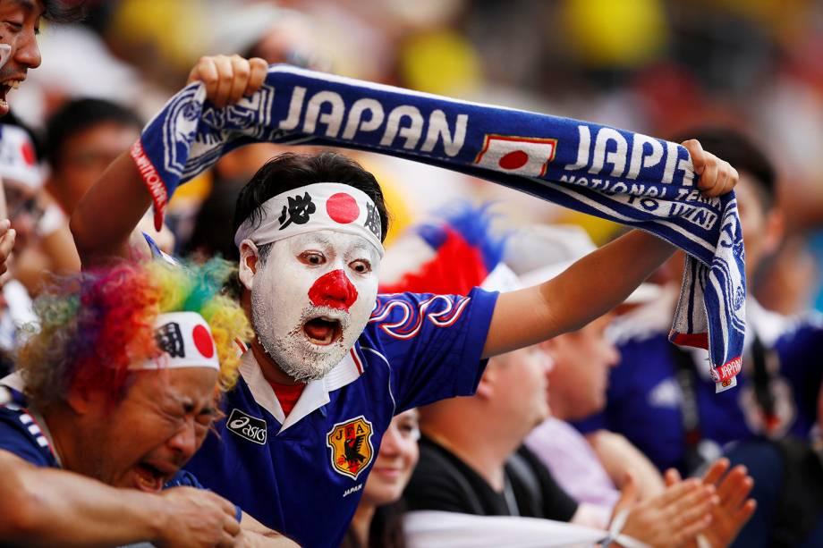 Torcedores japoneses comemoram após a vitória sobre a Colombia no primeiro confronto do Grupo H da Copa do Mundo Rússia 2018