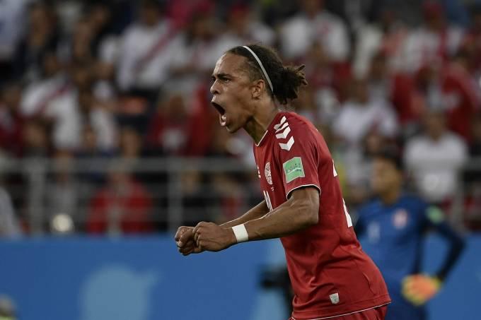 Copa do Mundo – Peru x Dinamarca