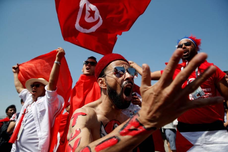Torcedores tunisianos antes de partida contra a Bélgica, em Moscou. A equipe africana acabou sendo derrotada por 5 a 2 - 23/06/2018