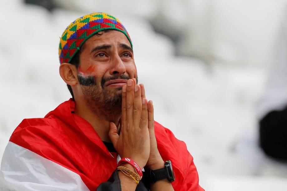 Torcedor chora após o Egito ser derrotado pela Arábia Saudita por 2 a 1, em partida válida pela terceira rodada do grupo A da Copa do Mundo - 25/06/2018