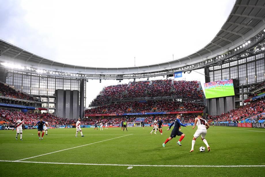Visão geral do estádio Arena Ekaterinburg durante o confronto entre França e Peru, pelo grupo C - 21/06/2018