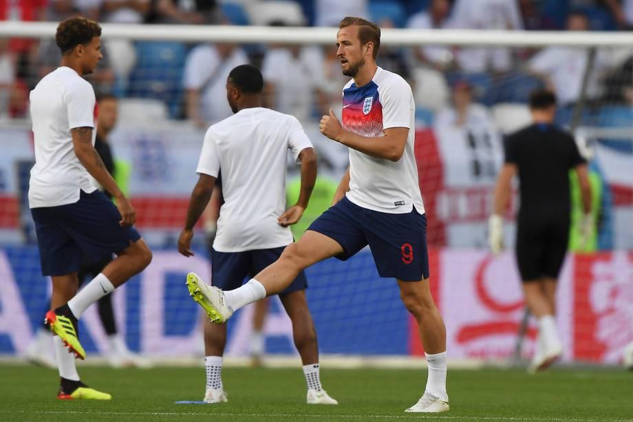 O atacante inglês, Harry Kane, se aquece para a partida contra a Bélgica, válida pela terceira rodada do grupo G, no estádio Kaliningrado - 28/06/2018