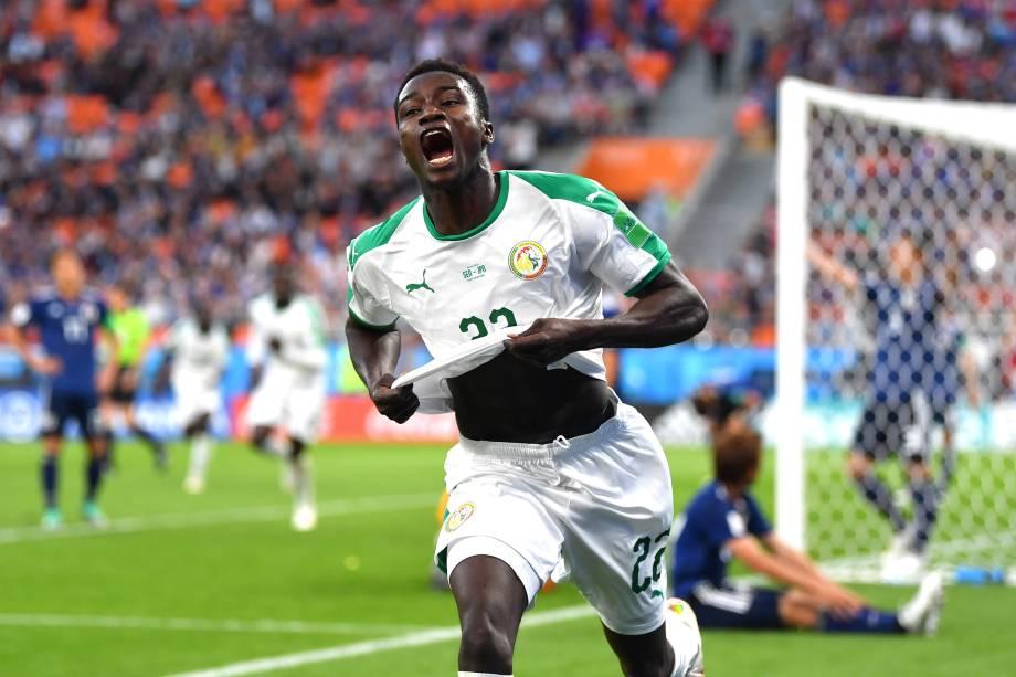 Moussa Wague, do Senegal, comemora depois de marcar o segundo gol da equipe durante a partida do grupo H  contra o Japão em Ecaterimburgo - 24/06/2018