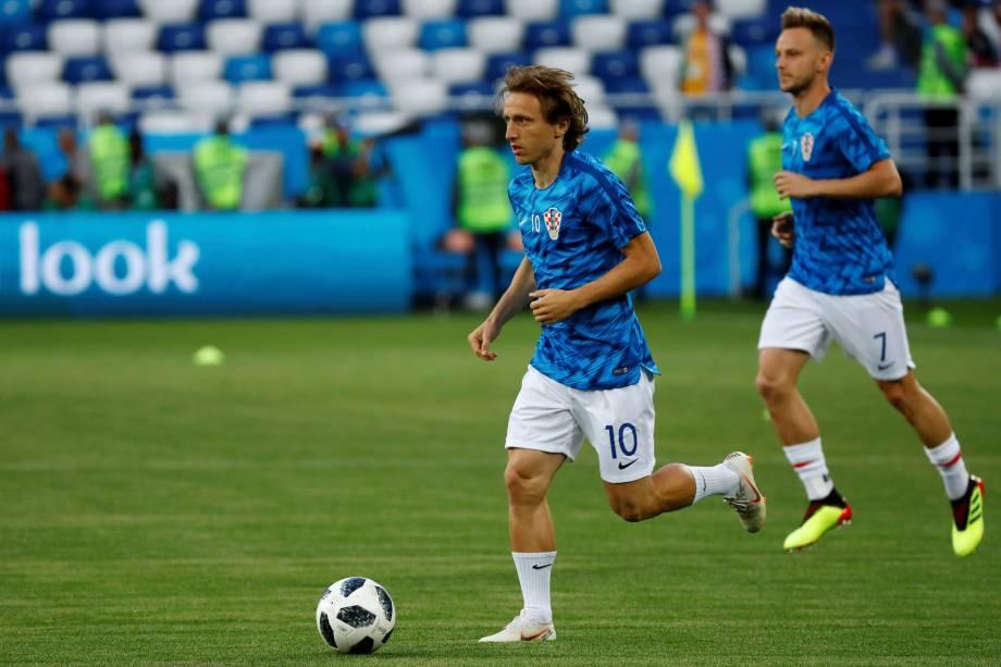 O croata Luka Modric durante o aquecimento da partida contra a Nigéria, válida pelo Grupo D da Copa do Mundo Rússia 2018