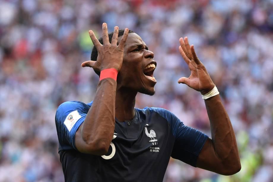 Paul Pogba comemora a classificação da França para as quartas de final após vitória sobre a Argentina, em Kazan - 30/06/2018