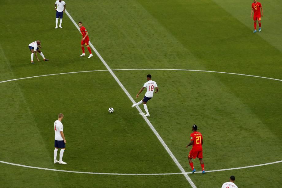 É dado o pontapé inicial na partida entre Inglaterra e Bélgica, pelo grupo G, no estádio Kaliningrado - 28/06/2018