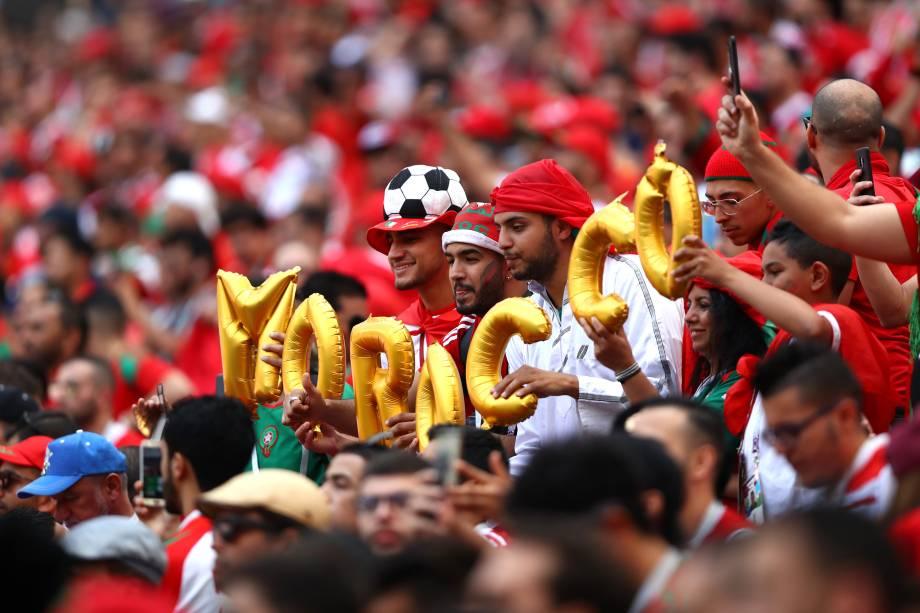 Torcida do Marrocos faz a festa nas arquibancadas do estádio  Luzhniki, em Moscou durante partida contra Portugal - 20/06/2018