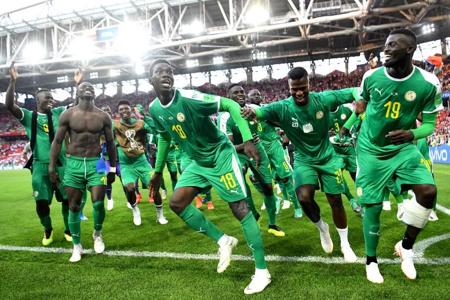 Jogadores do Senegal comemoram após a vitória sobre a Polônia na fase de grupos - 19/06/2018