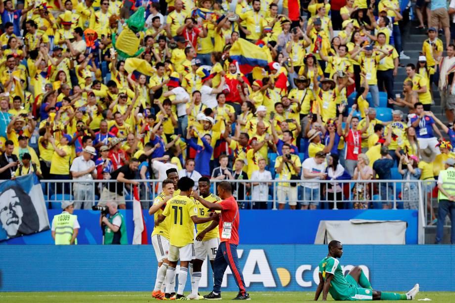 Jogadores da Colômbia comemoram vitória em partida contra o Senegal - 28/06/2018