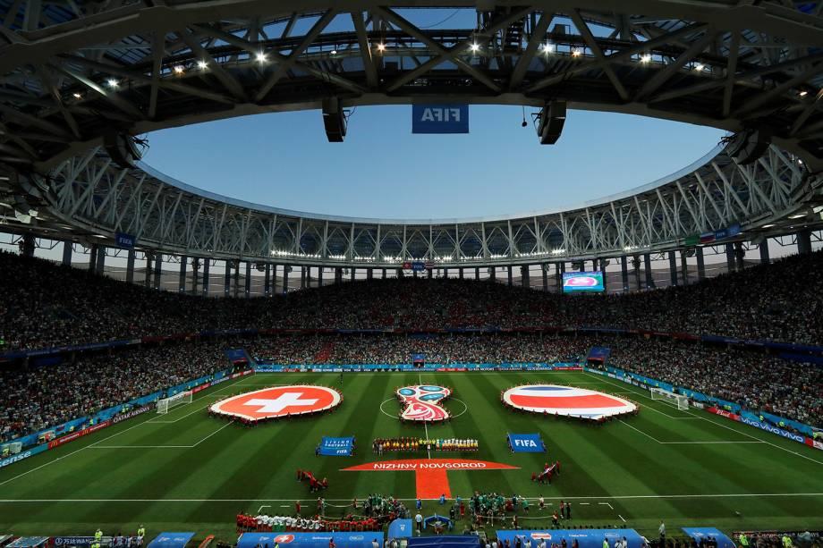 Times da Suíça e Costa Rica se alinham antes de partida no Estádio Níjni Novgorod - 27/06/2018