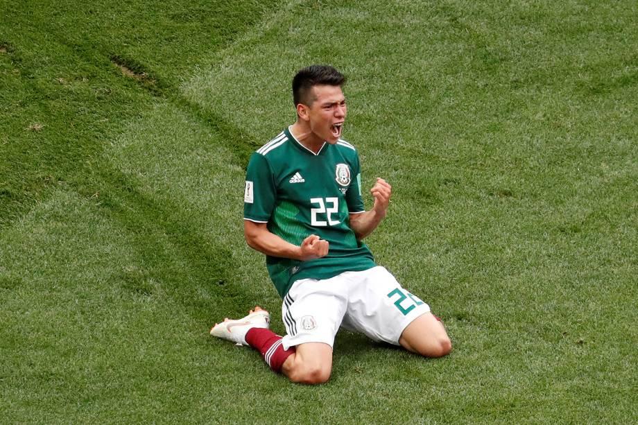 Hirving Lozano do México comemora seu primeiro gol durante partida contra a Alemanha - 17/06/2018