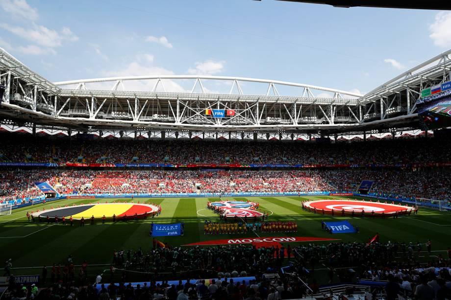 Jogadores da Bélgica e Tunísia se alinham antes de início da partida no Estádio Spartak - 23/06/2018