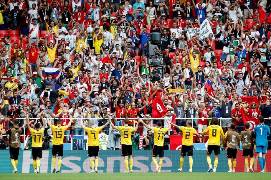 Jogadores da Bélgica são aplaudidos pela torcida após vitória contra a Tunísia - 23/06/2018