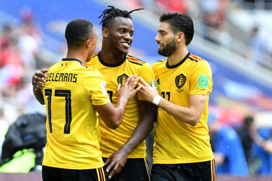 Jogadores da Bélgica comemoram vitória em partida contra a Tunísia - 23/06/2018