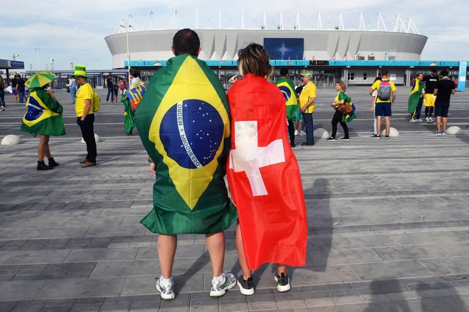 Torcedores chegam na Arena Rostov para o jogo entre Brasil e Suíça - 17/06/2018