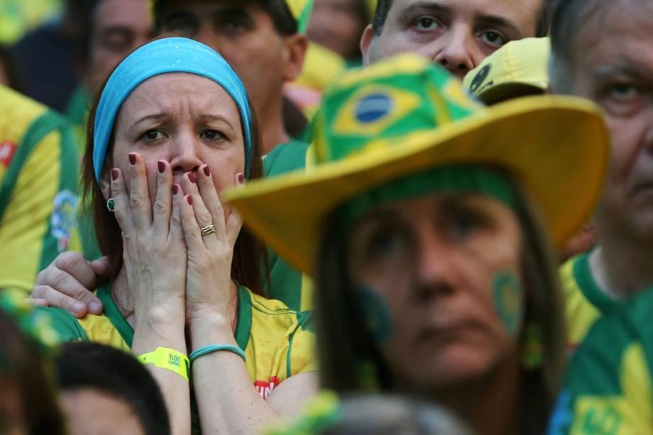 Torcedores lamentam o empate entre Brasil e Suíça, em partida válida pelo grupo E da Copa do Mundo - 17/06/2018