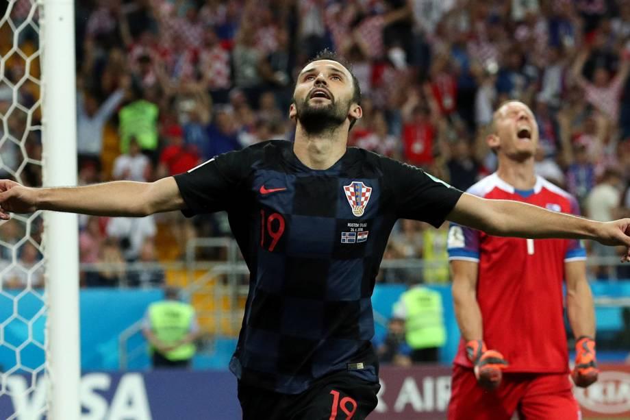 Milan Badelj da Croácia comemora seu primeiro gol na partida contra a Islândia - 26/06/2018