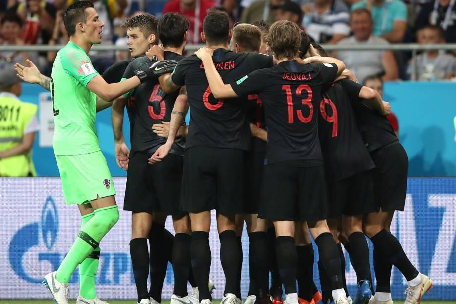 Croácia comemora segundo gol em partida contra a Islândia - 26/06/2018