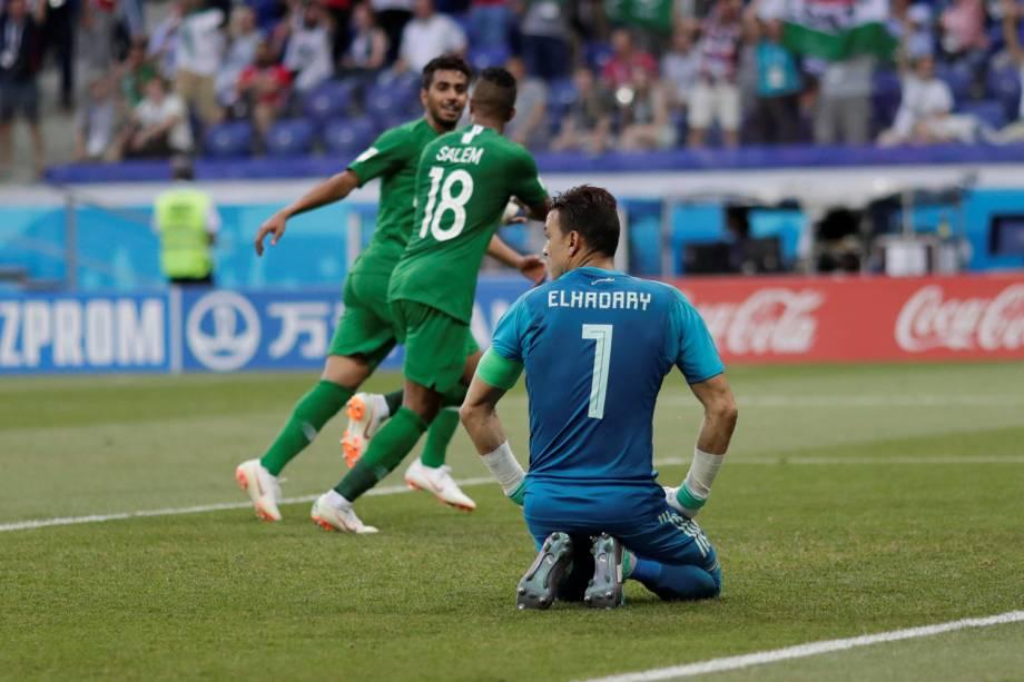 Essam El-Hadary  do Egito reage ao segundo gol da Arábia Saudita - 25/06/2018