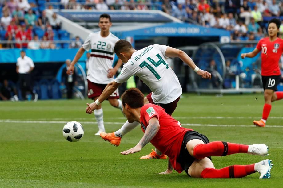 Javier Hernandez do México marca segundo gol da partida contra a Coreia do Sul - 23/06/2018
