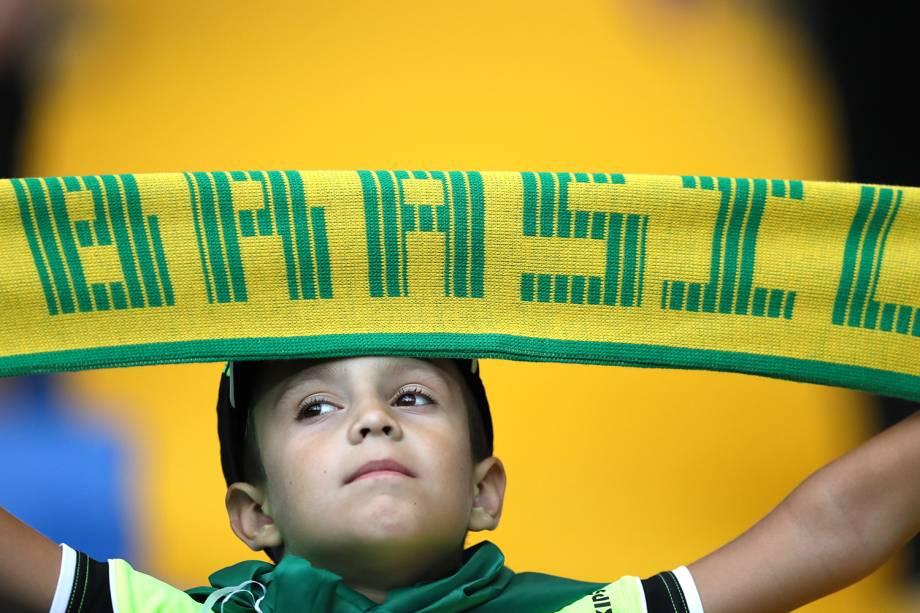 Criança torce para o Brasil em partida contra a Suíça na Copa do Mundo - 17/06/2018