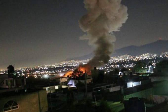 Explosão em estoque de fogos de artifício no México
