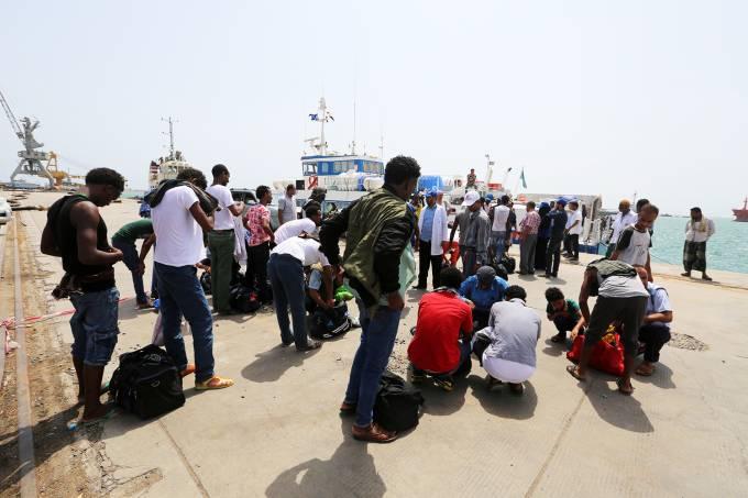 Fuga de civis de Hodeida, no Iêmen