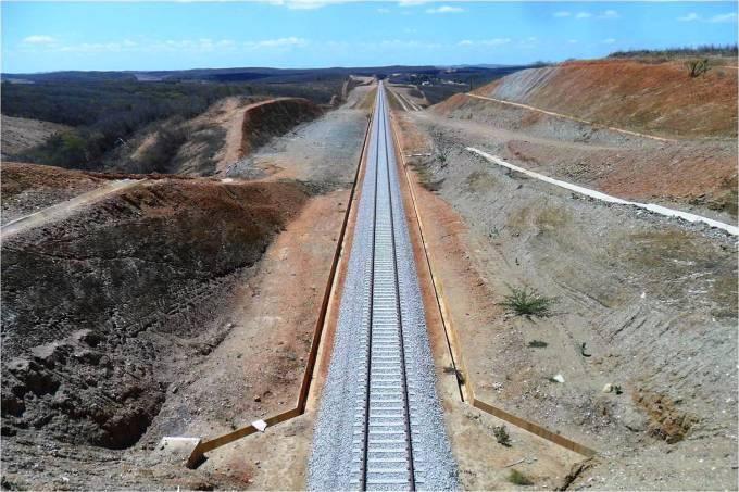 Obras da Ferrovia Transnordestina no Piauí