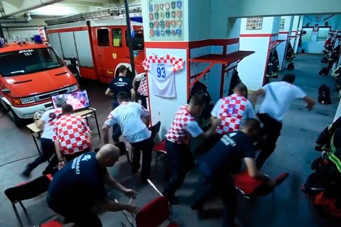 Bombeiros croatas perdem cobrança de pênalti que levou a seleção do país para a semifinal da Copa do Mundo para atender emergência
