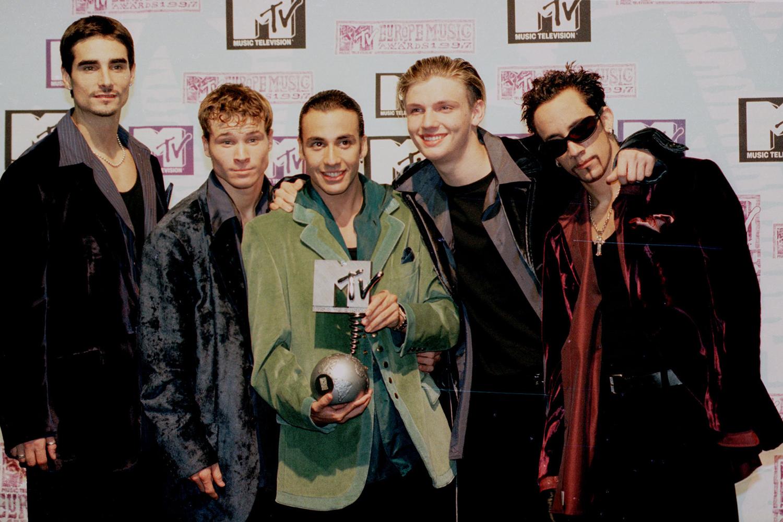 A boyband Backstreet Boys durante premiação da MTV na Holanda – 06/11/1997
