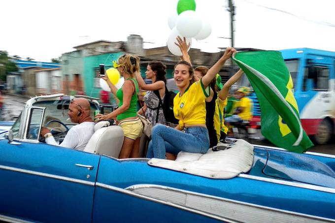 Fãs do Brasil em Bauta, Cuba