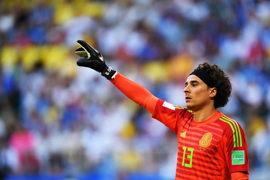 Guillermo Ochoa, goleiro do México, durante partida contra o Brasil, válida pelas oitavas de final da Copa do Mundo, realizado na Arena Samara - 02/07/2018
