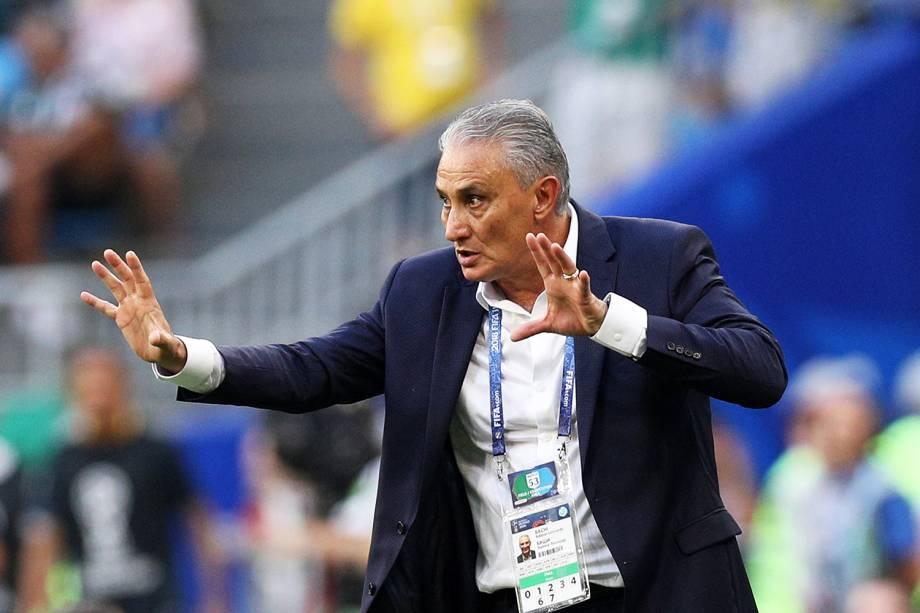 O técnico da Seleção Brasileira, Tite, durante partida contra o México - 02/07/2018