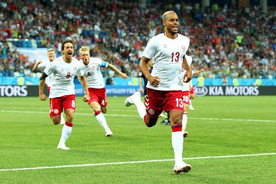 Mathias Jorgensen, da Dinamarca, comemora após marcar gol em partida contra a Croácia - 01/07/2018