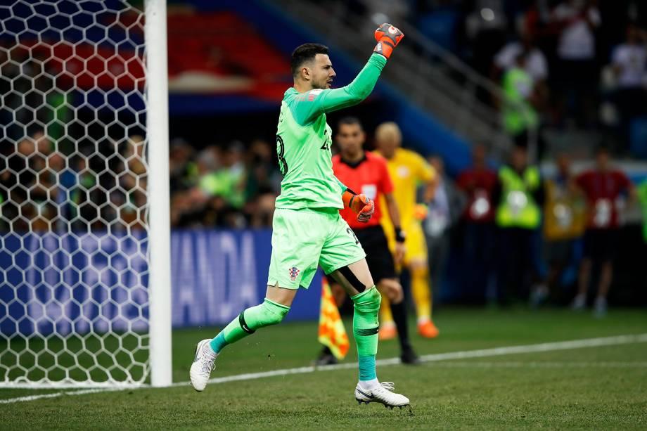 Danijel Subasic, goleiro da Croácia, comemora após pegar pênalti contra a Dinamarca - 01/07/2018