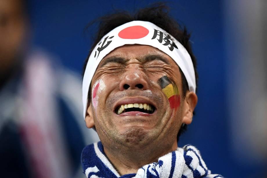 Torcedor chora após a eliminação do Japão nas oitavas de final com a derrota para a Bélgica na Arena Rostov - 02/07/2018