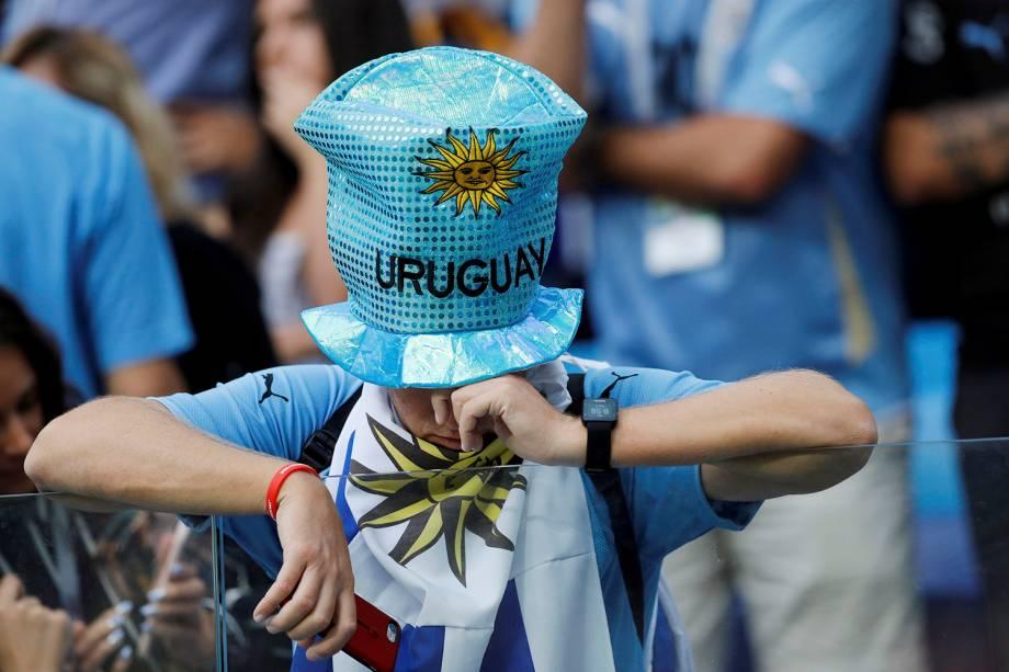 Torcedor do Uruguai chora ao final da partida contra a França nas quartas de final da Copa do Mundo Rússia - 06/07/2018